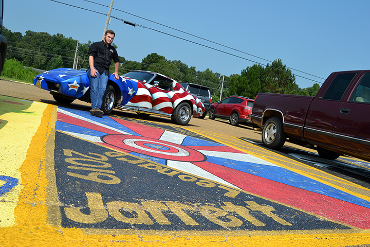 Claiming Their Space Bogue Chitto Seniors Paint Parking Lot Daily Leader Daily Leader