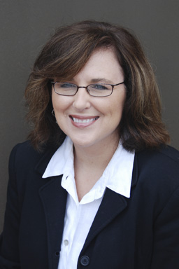 Stacy Graning : General Manager